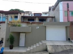 Vendo excelente casa no bairro Castália