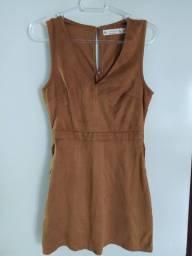 Vestido curto camurça