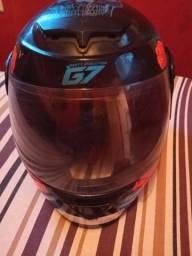 Vendo capacete top tá ótimo *97watzp