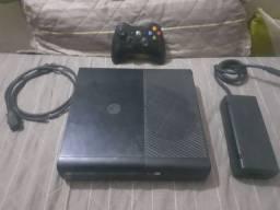 Xbox 360 2015 com caixa