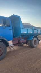 Título do anúncio: Caminhão caçamba 1113