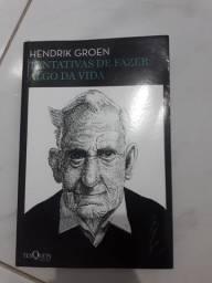 Livro Tentativas de fazer algo da vida - Hendrik Groen