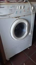 Máquina de lavar Continental funcionando perfeitamente ?