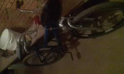Vendo bicicleta R$150 valor negociável