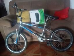 Troco Xbox 360 + bike cromada por x box one