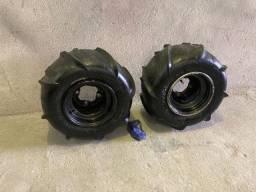 Vendo par de pneu quadriciclo