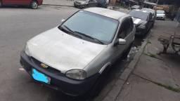 Título do anúncio: Vendo corsa sedan 2004