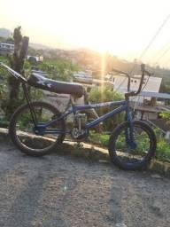 Título do anúncio: Bicicleta aro 20 montadinha