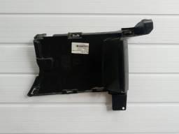 Obturador dianteiro do parachoque lado direito Renault Sandero Logan 601980341R