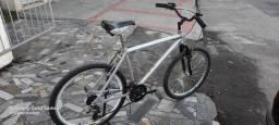 Bicicleta em Alumínio com marcha aro 26