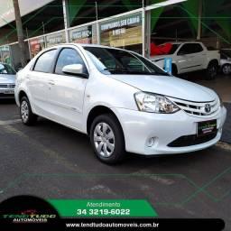 Toyota Etios Sedan 1.5 XS 15/16 Manual. Vendo, troco e financio.