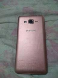 Vende se  um celular Samsung j2 funcionando normalmente