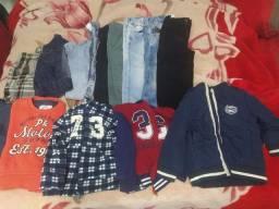 Lote roupa e tênis