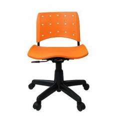 20 cadeiras secretaria giratoria Ergoplax+ com braço seminova - com nota fiscal