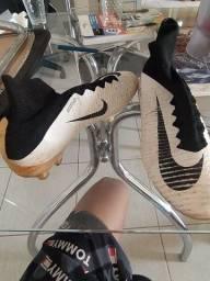 Chuteira De campo Nike Mercurial