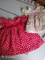 2 vestidos tamanho 8 meses a 1 ano e meio