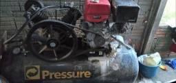 Compressor 20 pes 175 libras motor branco 13 cv