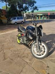 Kawasaki er6n vendo ou troco por carro completo