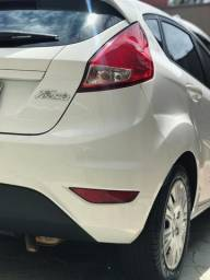 New Fiesta Hatch, Branco 1.5 - 2013/14