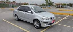 Título do anúncio: Toyota Etios XLS 1.5 Completo com GNV. Entrada / Planos em até 60X Fixas.