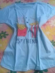 Camiseta feminina tamanho M 30