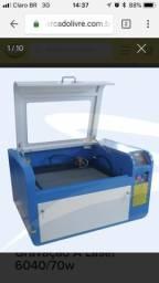 Máquina à laser corte e gravação