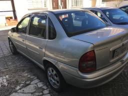 Corsa Sedan Gls 1.6 8v - 2001