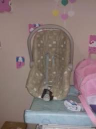Caderinha para carro bebé conforto