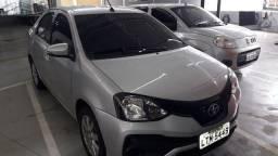 Toyota Etios sedan XPlus manual com gnv 2019 44mil km