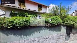 Casa à venda no bairro Valparaíso - Petrópolis/RJ