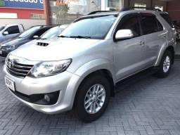 Hilux SW4 2012 7 lugares - 2012