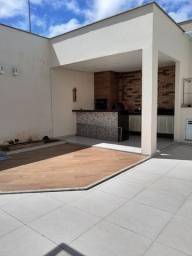 Casa Duplex - 3 Suítes sendo 1 Master com Closet - Toda Projetada - Porcelanato