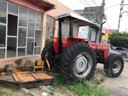 Trator de pneu
