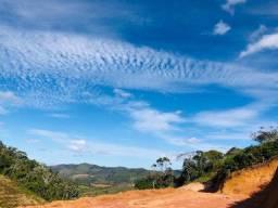 Terreno localizado a 1,5km do centro de Santa Teresa com vista encantadora