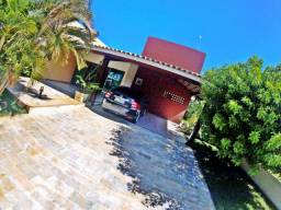Casa com 3 Quartos com Piscina em Condomínio Frente Mar Aracaju-SE