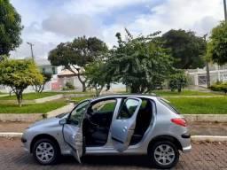 Peugeot 1.4 04/05, Completo, 04 Portas, Só R$8.700,00