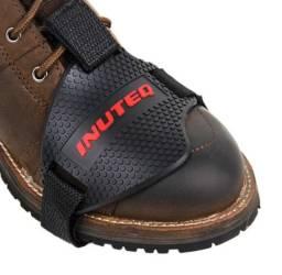 Protetor Tenis Sapatos Botas Para Marcha Motos Universal