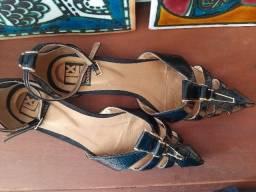 Sapato preto Lu Loux