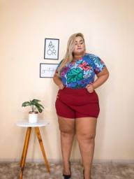 Shorts e blusas plus size
