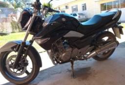 Título do anúncio: Vende-se moto