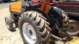 Trator valtra bf 75 cafeeiro, com turbo, 4x4, acompanha, grade de arrastro, facilito