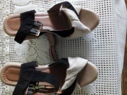 Vendo sandália de salto