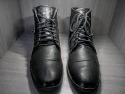 Título do anúncio: Sapato / coturnos.