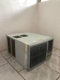 Ar-condicionado eletrolux janeleiro