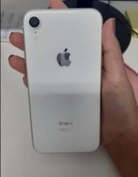 Título do anúncio: iPhone XR 64gb  impecável? Cabo e fone  ?89%?  *R$2400,00 Não baixe o valor