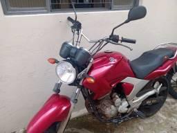 Moto fazer Yamaha 250