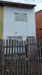 Casa em dois pisos no joafra Próximo a faculdade fameta