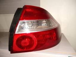 Lanterna traseira prisma 2007 a 2012 original