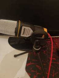 Microfone condensador de mesa