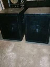 Caixa de som com alto falante de 18 codc43